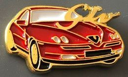 VOITURE -RED CAR - WAGEN - ROTES AUTO - AUTOMOBILE - ALFA ROMEO GTV ROUGE - ITALIE - ITALIA -       (26) - Alfa Romeo