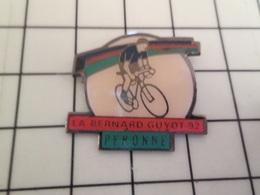 713K Pin's Pins / Beau Et Rare / THEME : SPORTS / CYCLISME LA BERNARD GUYOT PERONNE - Cycling