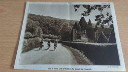 Affiche -  Sur La Route Près D'honfleur Le Manoir De FATOUVILLE - Afiches