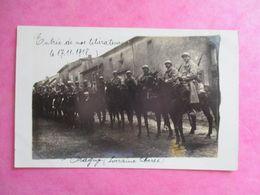 57 PHOTO TRAGNY GUERRE 1914-1918 ENTRÉE DE NOS LIBÉRATEURS SOLDATS CAVALIERS - Frankreich
