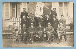 A142  Carte Photo SAINT-ETIENNE-Les-REMIREMONT (Vosges) Classe Conscrits   1923 Ou 28  ++++++ - Saint Etienne De Remiremont