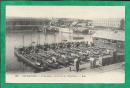 Cherbourg (50) L'Arsenal Le Poste Des Torpilleurs 2scans Bateaux De La Marine Nationale Française - Cherbourg