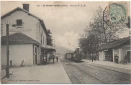 38 LE GRAND-LEMPS  Gare Du PLM - Estaciones Con Trenes