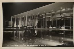 Brasil - Brasilia // Carte Photo //  Palacio Da Alvorada A Noite  - Oscar Niemeyer 19?? - Brasilia