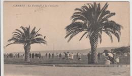 CANNES LE FOOTBALL A LA CROISETTE 1917 TBE - Cannes