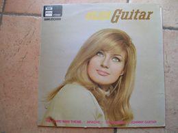 """33 Tours 30 Cm - GOLDEN GUITAR  - REGAL 80220  """" HAUNTED GUITAR """" 12 TITRES - Vinyl-Schallplatten"""