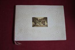 """ALBUM DE PHOTOGRAPHIES : """" Dans L'intimité De Personnages Illustres, 1850-1900 """" - 1801-1900"""