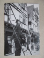 CP DE RIQUEWIHR Ramoneur Dans Les Rues - Photo Robert Doisneau - Riquewihr