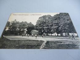 Carte Postale De MAILLY-MAILLET (80)  GUERRE 14/18 Joueurs De Boules Sur La Place Communale Cachet Postal 9/10/1914 - Other Municipalities