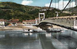 SERRIERES SUR RHONE ( 07 ) - Le Pont Sur Le Rhône - Serrières