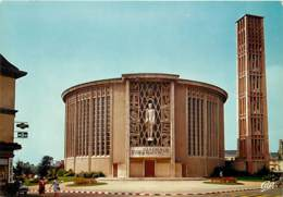 76 - Yvetot - L'église Saint-Pierre - Carte Neuve - CPM - Voir Scans Recto-Verso - Yvetot