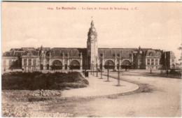 4NPS 234 CPA - LA ROCHELLE - LA GARE ET AVENUE DE STRASBOURG - La Rochelle