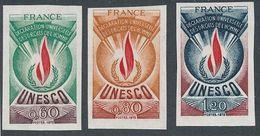 DP-540: FRANCE: Lot Avec SERVICE N°43/45** NON DENTELES - France