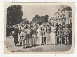 VANNES - FETE MEDIEVAL - DEVANT LA GARE - 1932 - 56 - Plaatsen