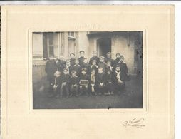 """70 - Photo D' Un Groupe D' écoliers. La Pancarte Indique """" Vaivre, 1927 """" Tous Les Noms Sont Mentionnés Au Verso - France"""