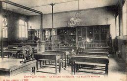 SAINT-DIE AU COLLAGE DE GARCONS LA SALLE DE PHYSIQUE - Saint Die