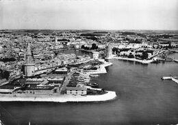 LA ROCHELLE - LE PORT ET LA TOUR DE LA LANTERNE - La Rochelle