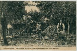 44 - Le Gavre : Une Loge De Sabotiers Dans La Forêt - Le Gavre