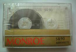 "Old Soviet Audiocassette ""Monroe"" / _R0010 1329 - Radio & TSF"