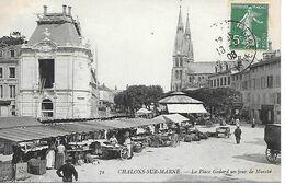 51     Chalons Sur Marne      Place Godard    Jour De Marché - Châlons-sur-Marne