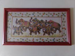 """Peinture Sur Satin Avec Cadre En Bois """" Procession D'éléphants """" - Art Oriental"""