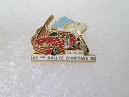 PIN'S    RALLYE D ANTIBES 92  RENAULT  CLIO  ELF  Arthus Bertrand - Rallye