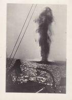 PHOTO ORIGINALE 39 / 45 WW2 MARINE FRANCAISE LE 23 SEPT 1940 LA BATAILLE DE DAKAR UNE MINE EXPLOSE DEVANT LE BATEAU MARS - Krieg, Militär