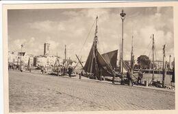 PHOTO ORIGINALE 39 / 45 WW2 WEHRMACHT FRANCE LA ROCHELLE SOLDATS ALLEMANDS SUR LES QUAIS - Krieg, Militär