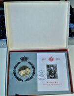 Rare Coffret Enveloppe Timbre Et Médaille En Argent 1949-1974 Rainier III Prince De Monaco - Collections, Lots & Series
