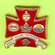 Pin's Carburants ESSO Burn Lakeland Firefighters Society (Sapeurs Pompiers) - 1A16 - Pompiers