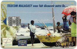 Madagascar - Telecom Malagasy - Returning After Fishing - 12.2000, SC7, 50Units, 100.000ex, Used - Madagascar