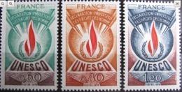 FR938-set MNH  France  1975 - SC. 2O13-2O14- Unesco - Service