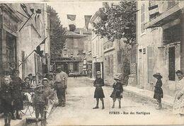 RUE DE MARTIGUES + CAFE - Istres