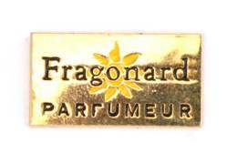 Pin's Doré FRAGONARD PARFUMEUR - Le Logo - Fleur Jaune - J586 - Parfum