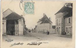 D89 - CHABLIS - ROUTE D'AUXERRE - 2 Fillettes Sur La Route - PRECURSEUR - Chablis