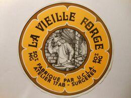GG042 - Grande étiquette De Fromage LA VIEILLE FORGE - UCLA Fromagerie De THAIRÉ-D'AUNIS Charente-Maritime 17AB - Kaas