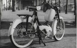 Ancienne Photo  Mobylette CHAPLAIT Moto CYCLES C N C - Automobiles