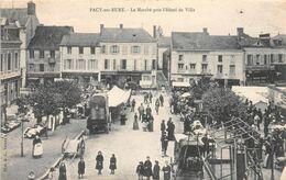 ¤¤  -  PACY-sur-EURE   -  Le Marché Près De L'Hôtel De Ville    -   Carte Décollée    -  ¤¤ - Pacy-sur-Eure