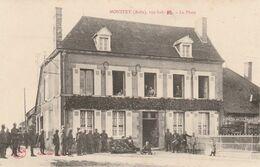 CPA:MONTFEY (10) SOLDATS BLESSÉS SUR LA PLACE ANIMÉ - France