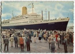 Dampfer Am Columbuspier Bremerhaven, Gelaufen - Passagiersschepen