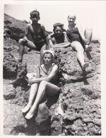 Family Woman Man Teen Boy Girl Beach Children Summer Rest Fille Femme Garçon Homme Old Photo Snapshot Swimsuit - Anonymous Persons