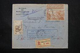 MADAGASCAR - Enveloppe Commerciale En Recommandé De Tananarive Pour Port Louis ( île Maurice ) En 1947 - L 69089 - Covers & Documents