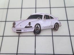 713k Pins Pin's / Rare & Belle Qualité THEME AUTOMOBILES / PORSCHE CARRERA BLANCHE Par CEC ID PREMIER - Porsche