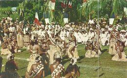 ( POLYNESIE  FRANCAISE ) ( BORA BORA ) DANSE TAHITIENNE EXECUTEE PAR LE GROUPE DE DANSEURS DE BORA BORA - Polynésie Française