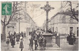Bouches Du Rhône : MAZARGUES : Place De L'église Et Grand'rue : ATTENTION - GROSSE DECHIRURE Angle Bas Droit - 2,5cm - Otros Municipios