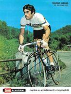 PHOTO RIGIDE, GRAND CALITE, MARINO BASSO, SIGNEE IMPRESO EN LA PHOTO TEAM SALVARANI 1972 ( FORMAT 18 X 24 ) - Cyclisme
