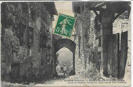38, Isère, BEAUVOIR EN ROYANS, Une Porte Du Château Delphinal, Scan Recto Verso - Otros Municipios