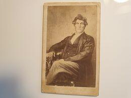 Cdv Ancienne Années 1800 Portrait D'un Homme. - Alte (vor 1900)