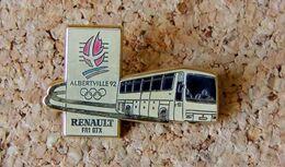 Pin's RENAULT Autobus FR1 GTX JO Alberville 1992 - Métal Doré émaillé - Marquage RENAULT - Variante émail Crème - Renault