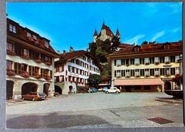 Thun Rathausplatz Mit Schloss/ Oldtimer Autos - BE Berne